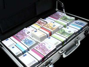 Ввоз валюты в Украину нерезидентом