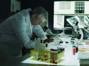 - минимальные нервные и психоэмоциональные затраты. Основная работа завязана на биопсийном анализе.